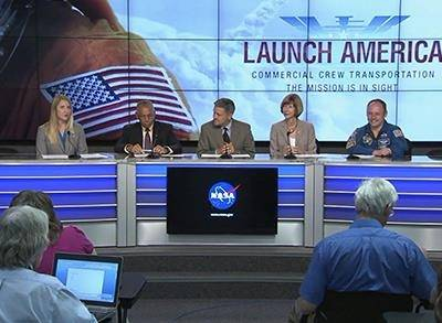 News video: NASA Picks Boeing and SpaceX to Ferry Astronauts